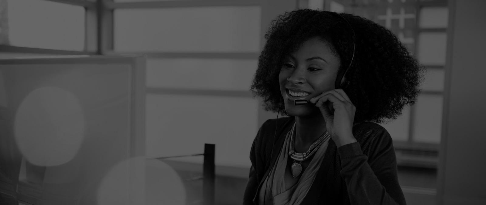 smiling-call-centre