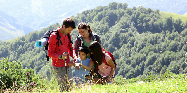 family-hiking-annual